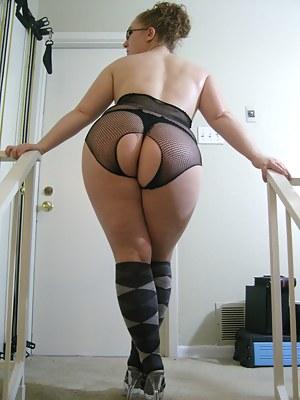 Free MILF Socks Porn Pictures
