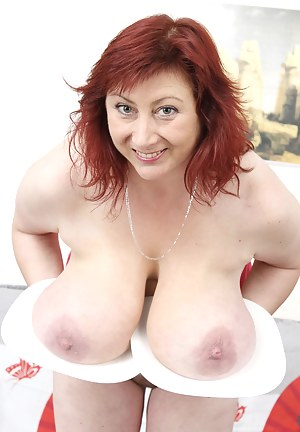 Free Kinky MILF Porn Pictures